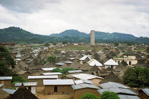 Prise de fonction du nouveau maire de Biankouma 96rw453